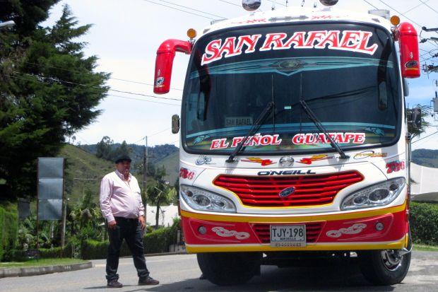 bus-guatape
