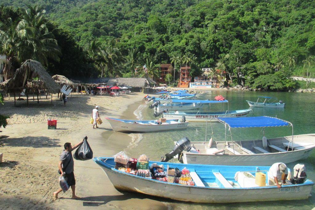 qimixto-boats-tomatlan